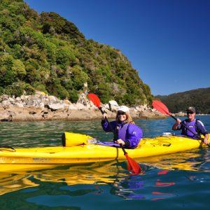 kayaking on nelson new zealand