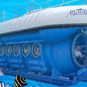 Enjoy this submarine ride in Mauritius