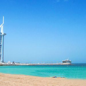 Photo stop at Jumeirah Public Beach near Burj Al Arab