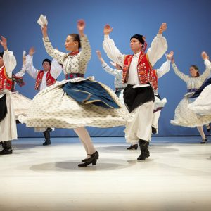 hungarian folklore show budapest