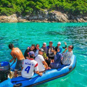 tourists in raya island