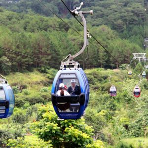 cable car in da lat vietnam