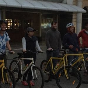 participants of delhi night bicycle tour lined up