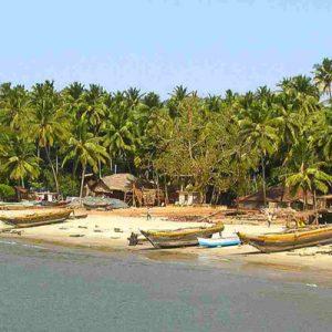 boats on Vengurla Beach