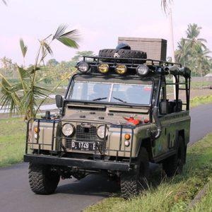 4x4 vehicle in bali