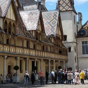 beaune wine tour, burgundy wine tour, beaune and burgundy wine tour, burgundy wine day tour