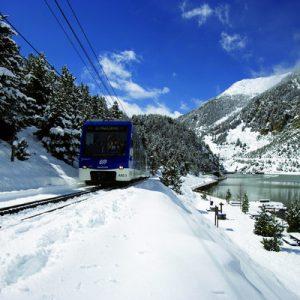Pyrenees: Snow Experience
