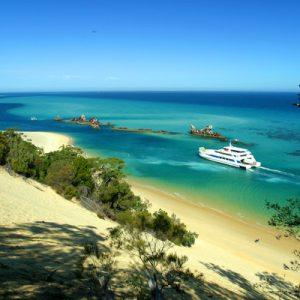 moreton island tour brisbane, moreton island tour gold coast