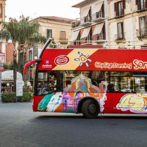 sorrent hop-on hop-off bus