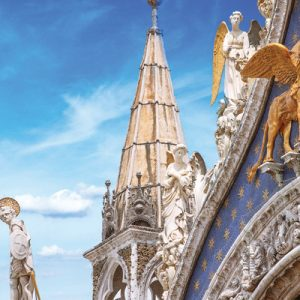 roof detail on st mark basilica