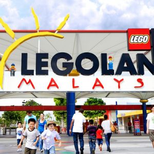 a picture of LEGOLAND® Malaysia's entrance