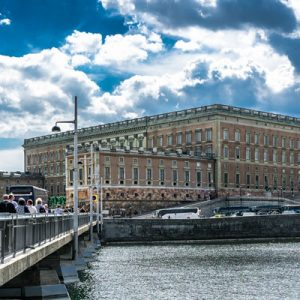 the royal palace for the stockholm must sees walking tour
