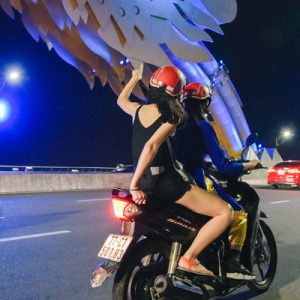 food and sightseeing night tour da nang