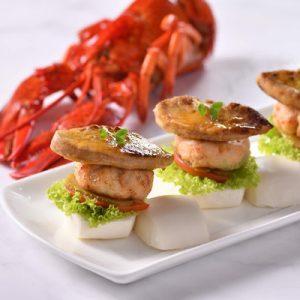 Lobster and Foie Gras Burger at Cafe Rivoli in Regal Hongkong Hotel, Causeway Bay
