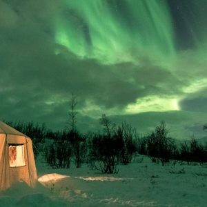 abisko aurora borealis wilderness photo tour