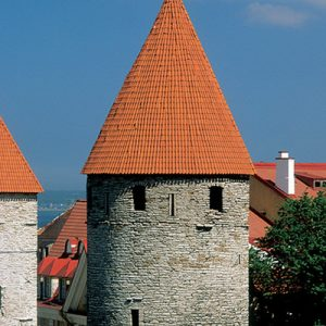 old town tallinn day tour