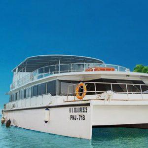 party cruise boats in mandovi river goa