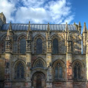 rosslyn chapel exterior with clouds