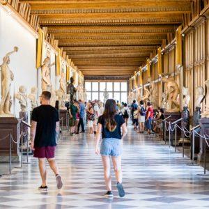 inside of the uffizi gallery
