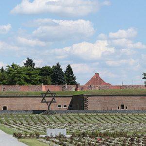 Jewish Cemetery in Terezín