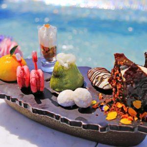 narnia restaurant bayhill pool