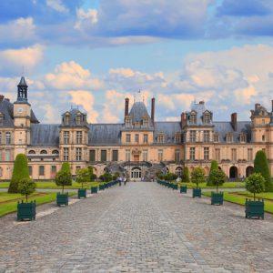 castles of fontainebleau and vaux-le-vicomte