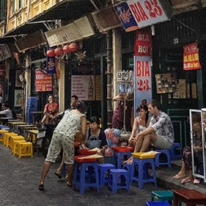 private night market tour hanoi, hanoi night market, hanoi street food tour