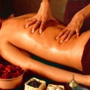 traditional ayurvedic massage