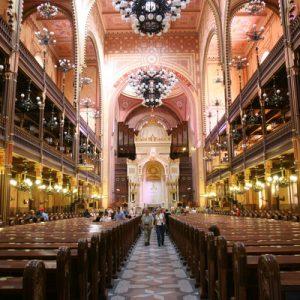 jewish heritage walking tour budapest