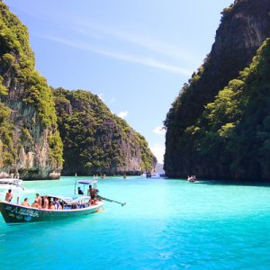 phi phi island and phuket speed boat transfer