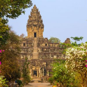 roluos temples private day tour by tuk tuk siem reap