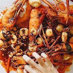 Holy Shrimp at Ratchada Rot Fai Train Night Market