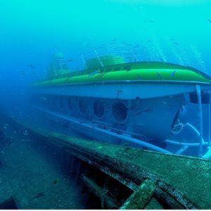 submarine exploring lanzarote sea