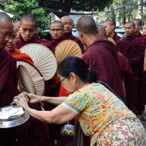 mahagandayon monastery amarapura myanmar