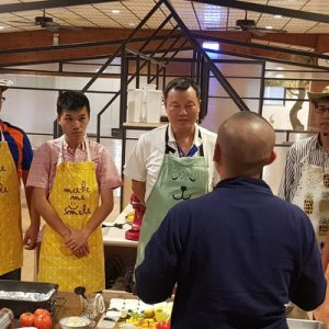 students and instructor for cooking class in tainan