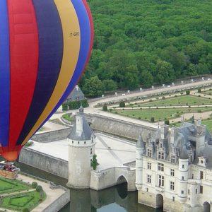 hot air balloon in loire valley france