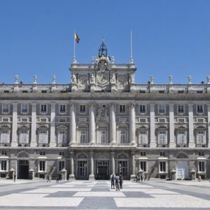 front vuew of royal palace of madrid