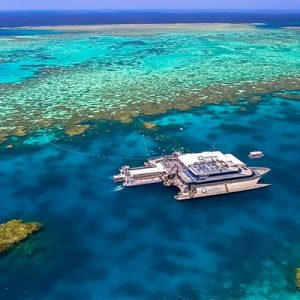 Outer Reef and Scenic Helicopter Flight Full Day Tour by Quicksilver Cruises
