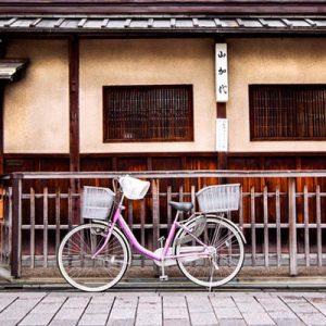 自行车穿梭京都