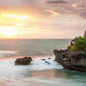 海神庙临海壮丽落霞