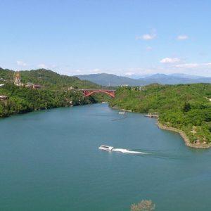 惠那峡乘船游览,惠那峡午餐,惠那峡露天浴池体验