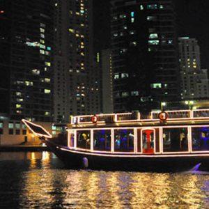 迪拜码头游船晚餐体验