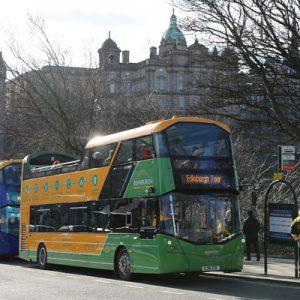爱丁堡随上随下观光巴士(Edinburgh Tour 提供)