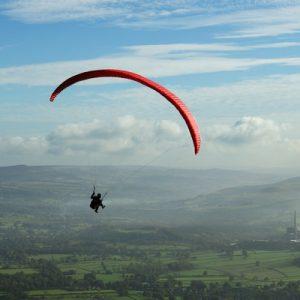 索朗山谷滑翔伞