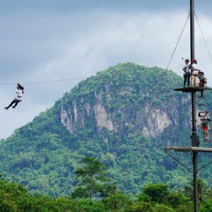泰国 芭提雅Tarzan极限公园 丛林飞索体验