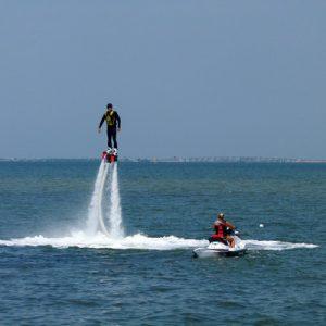 果阿邦水上飞行器