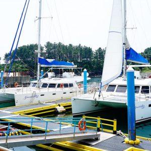 奢华游艇海上观光钓鱼